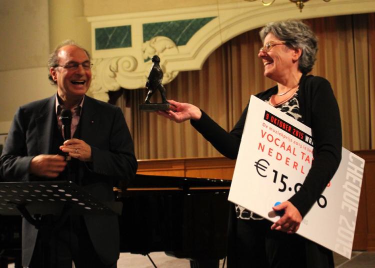 Stichting Vocaal Talent Nederland met directeur/koordirigent Wilma ten Wolde